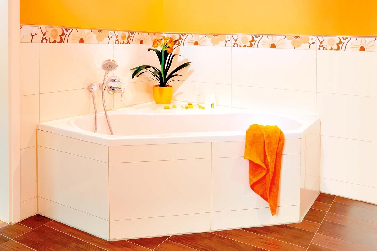 mehreckige badewanne