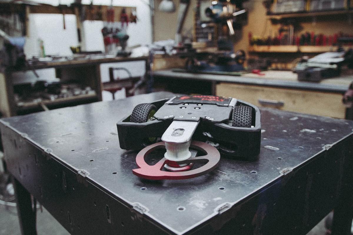 Der 6kg Roboter Nebelwerfer in der Werkstatt;