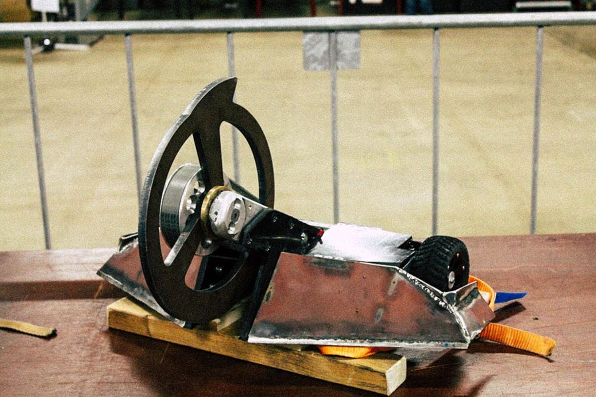 Der Valikri 3 Roboter in der Werkstatt;